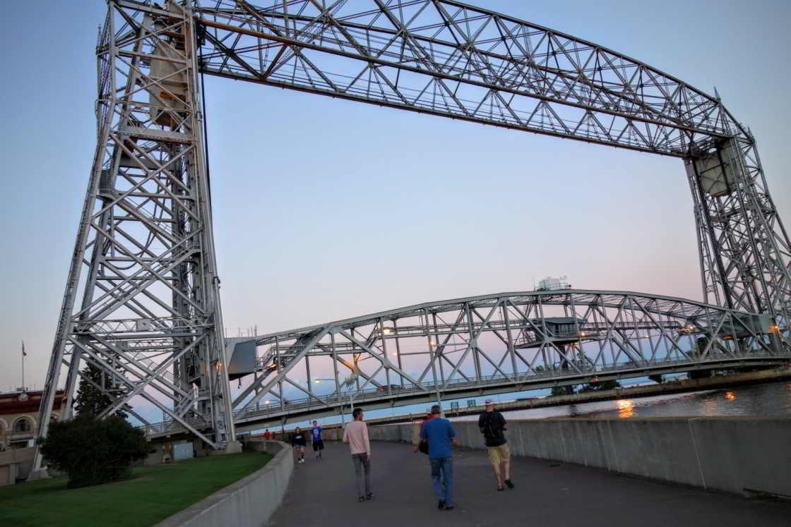 Tochtje over het wandelpad langs de haven van Duluth