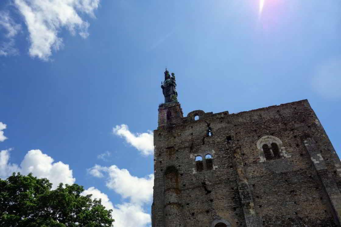 Fort van Montbazon met Mariabeeld
